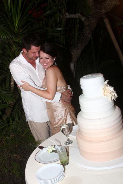 bali-wedding-cake-14