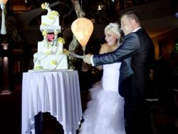 bali-wedding-cake-4