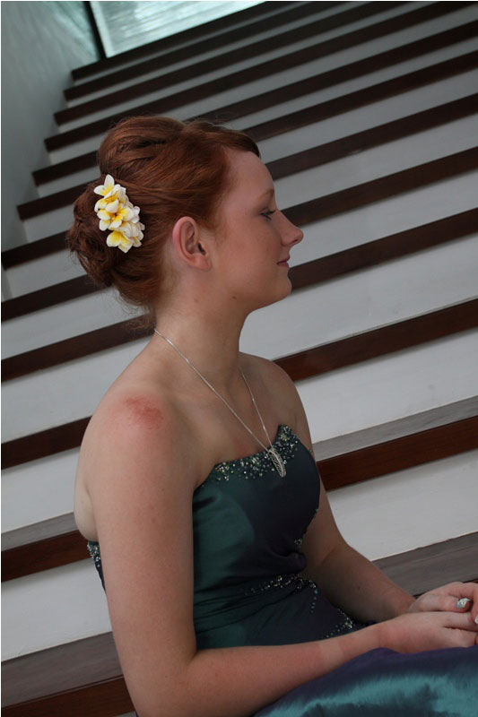 bali-wedding-hair-and-make-up-10