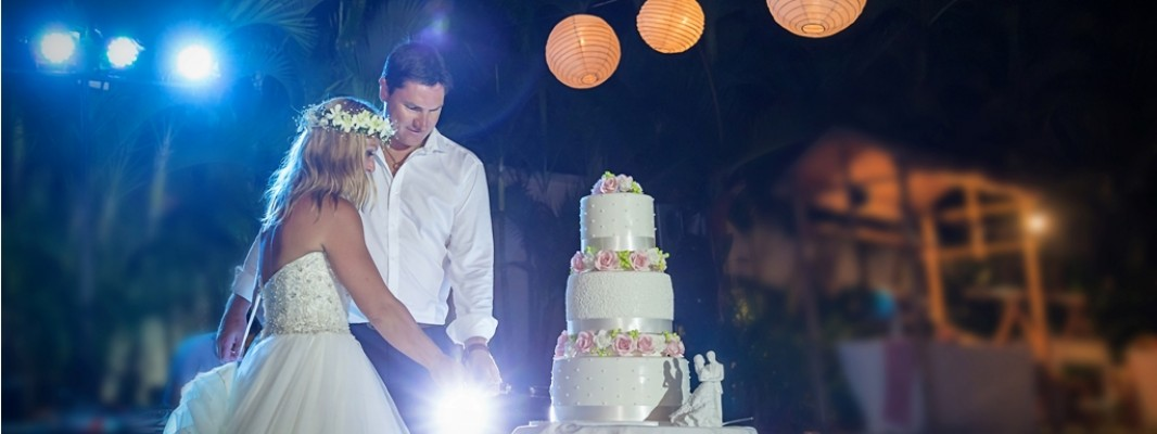 Tracey & Steve Wedding at Villa Istana – Uluwatu